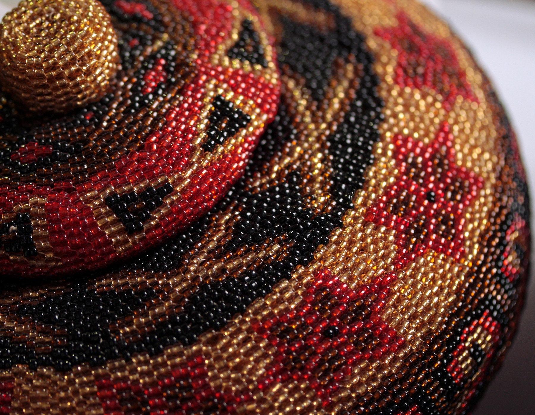 Ćup od perlica, umetnički detalj - cobalt123 via Flickr (CC BY-NC-SA 2.0)